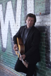 Chris Smither comes to Stage Door Theater Thursday, July 17, 2014 at 7:30pm.