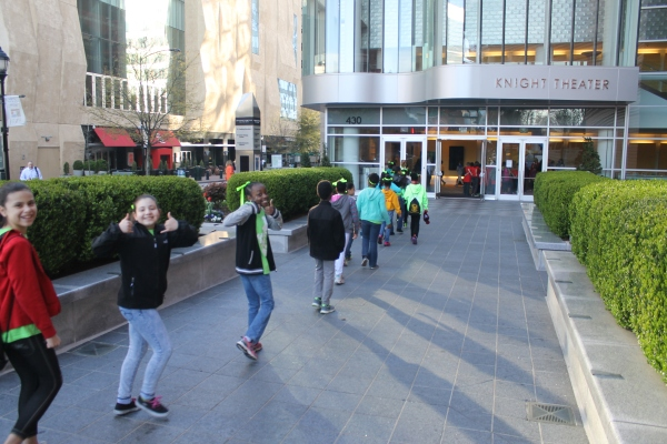 Students from First Ward Creative Arts Academy arrive at Knight Theater for Broadway Junior. Photo by Daniel Coston.