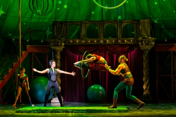 Sasha Allen as Leading Player and the cast of the National Tour of PIPPIN. Photo by Terry Shapiro.
